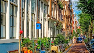Amsterdam's Jordaan District Private Walking Tour