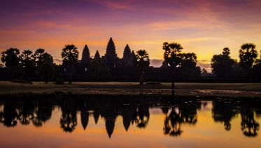 Angkor Wat Sunrise Tour - Small Group