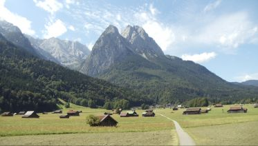 Around Zugspitze