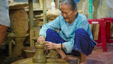 Bat Trang Ceramic Village half Day Tour