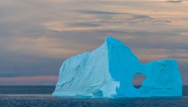 Canadian Arctic Express: The Heart of the Northwest Passage