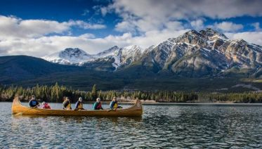 Canoe Adventure at Pyramid Lake