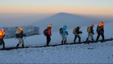 Climbing Kilimanjaro 9-Day Northern CIrcuit