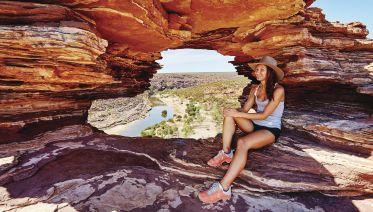 Coastal Loop: Perth to Monkey Mia & Return