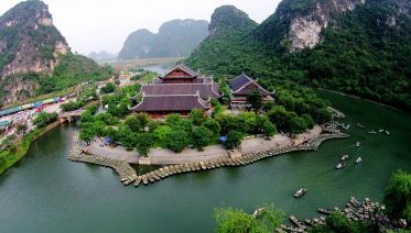 Colorful Vietnam: Hanoi, Halong, Ninh Binh, Saigon