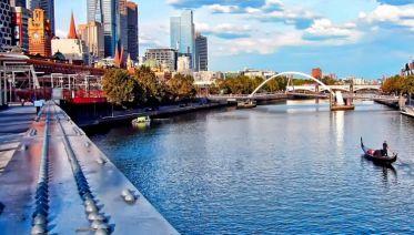 Contrasts of Australia