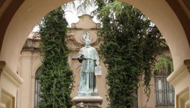 Cordoba Sightseeing Tour & Jesuit Legacy