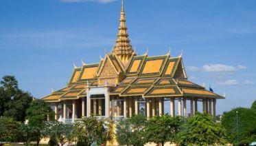 Cruise Phnom Penh to Angkor Wat - 9 Days