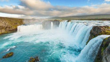 Cruising Iceland (The Icelandic): Akureyri To Reykjavik