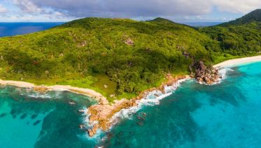Cruising the Seychelles Islands