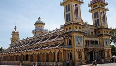 Cu Chi tunnels and Cao Dai Temple full day tour