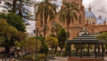Cuenca And Quito Explorer