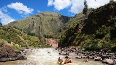 Cuzco Rafting & Zip-Line Adventure