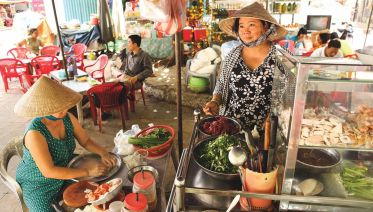 Da Nang Food Devotee - 3 Hours Private Tour