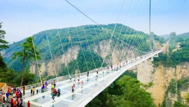 Day Trip To Zhangjiajie Grand Canyon With Glass Bridge