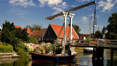 Design your own private tour from Amsterdam