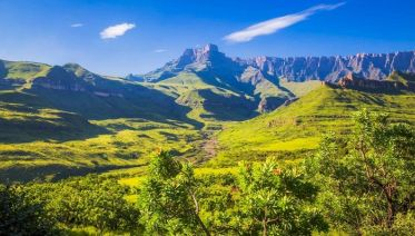 Drakensberg, Battlefields And Safari Tour