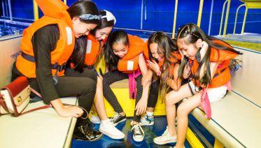 Dubai Aquarium & Underwater Zoo - Explorers Experience