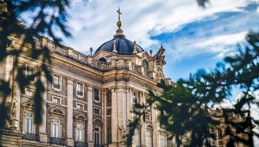 Early Entry Palacio Real & Best Of Madrid City Tour