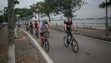 Early Morning Bicycle Tour In Hanoi