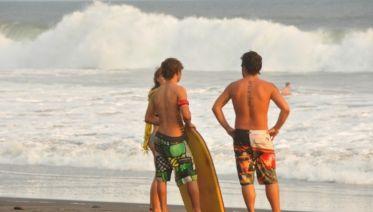El Tunco Surfing Experience 2D/1N