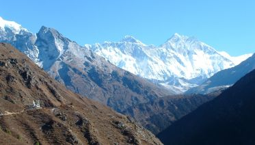 Everest-at-a-glance Trek