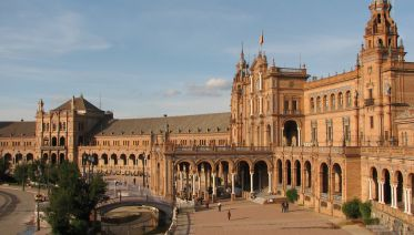 Explore Seville's Majestic Monuments And Architecture