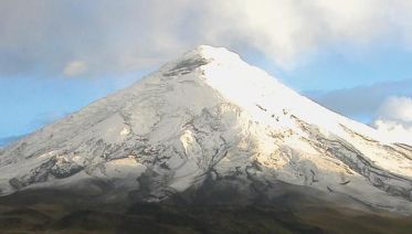 Feel the Andes Volcanoes Adventure (Cotopaxi & Quilotoa)