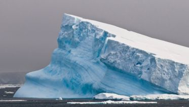 Fly & Cruise: Ultimate Antarctica - Weddell Sea & the Falkland Islands