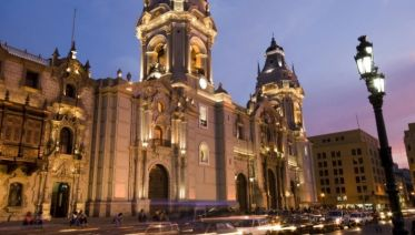 Food, Drinks & Sightseeing In Lima