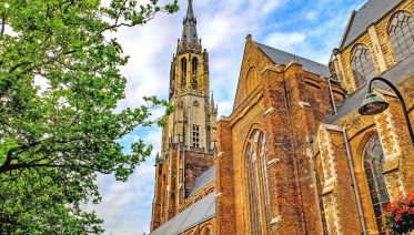 From Amsterdam:  Guided tour Rotterdam, Delft & The Hague