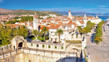 From Croatia to Montenegro: Gorgeous Trails through the idyllic islands of the Dalmatian coast (port-to-port cruise)