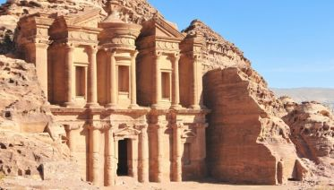 From the treasures of the Red Sea to the marvels of the Mediterranean by way of the Suez canal (port-to-port package)