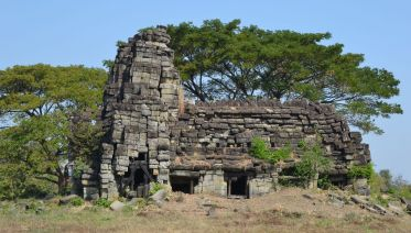 Full Day Banteay Chhmar Tour