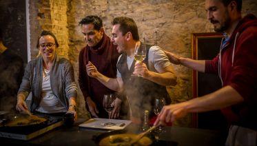 Fully Interactive Paella-Making Class