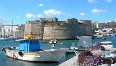 Gallipoli: guided walking tour in salento