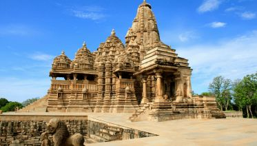 Golden Triangle Tour With Khajuraho & Varanasi
