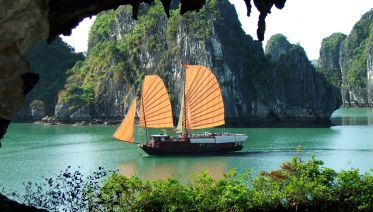 Halong Bay Full Day Tour From Hanoi