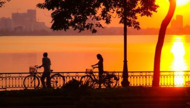 Hanoi Biking Sunset Tour 4 Hours