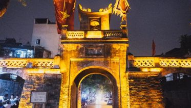 Hanoi Nights Food Vespa Tour