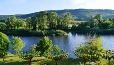 Headwater - Walks Along The Banks Of The Dordogne