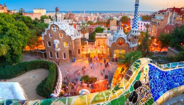 Highlights of Barcelona Private Tour incl guide & minivan