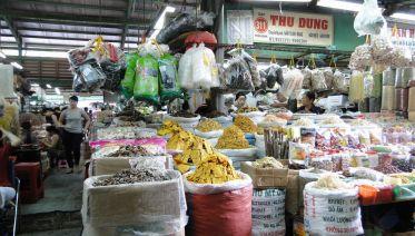 Ho Chi Minh City: Chinatown Half-Day Cyclo Tour