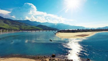 Hoi An to Hue - Private Transfer and Sightseeing tour