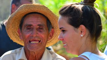 Hola Cuba - People To People For US Citizens