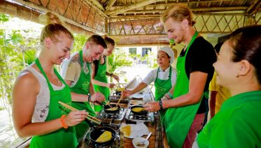 Hue City Tour And Cooking Class