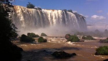Iguazu Falls Adventure 3D/2N (Foz to Puerto)
