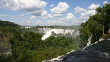 Iguazu Falls Adventure 3D/2N (Puerto to Foz)