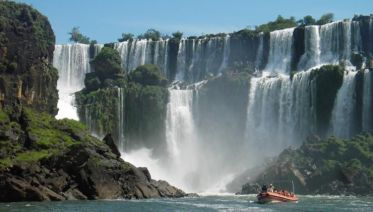 Iguazu Falls & Great Adventure Private Day Trip from Buenos Aires with Airfare