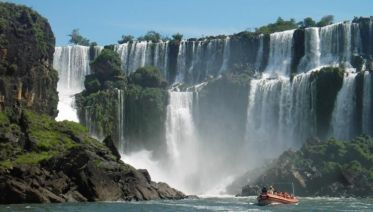 Iguazu Falls & Great Adventure Private Day Trip from Buenos Aires without Airfare